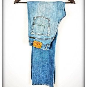 🌵Lucky Brand Dungarees Size 4/27 Jeans